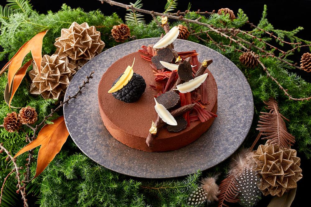 開業130周年を記念した、杉本 雄 東京料理長によるクリスマスケーキ