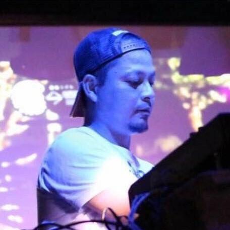 DJ TOKUMOTO