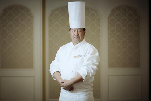 帝国 ホテル 料理 長